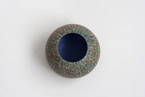 Florero esfera con puntos img1